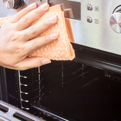 Cleaning your range cooker