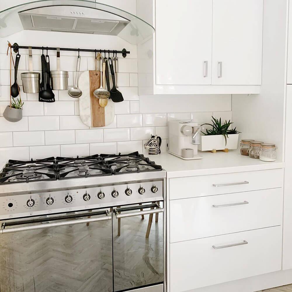 Design Your Kitchen Around A Range Cooker   Kitchen Planning   ao.com