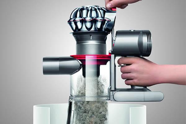 v7 animal pur dyson cordless vacuum cleaner. Black Bedroom Furniture Sets. Home Design Ideas